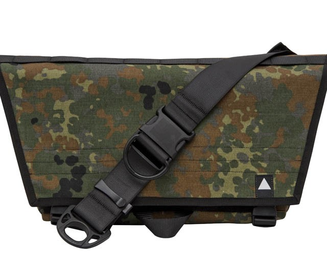 Compact Messenger Bag – camo